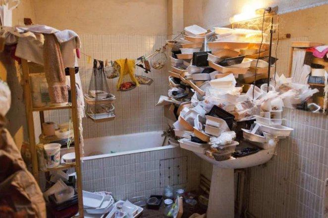 What is compulsive hoarding disease?  Compulsive hoarding disease (hoarding) symptoms and treatment #3