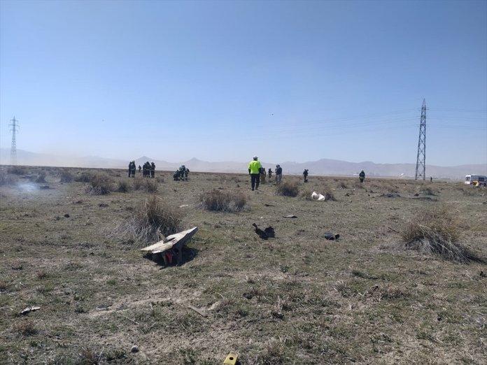 Konya da askeri uçak düştü  #3