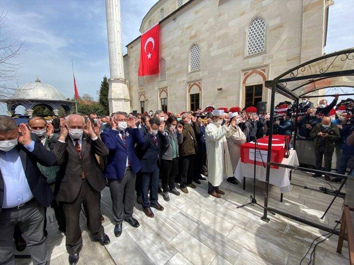 Şehit pilot Burak Gençcelep'in cenazesi Trabzon a getirildi #6