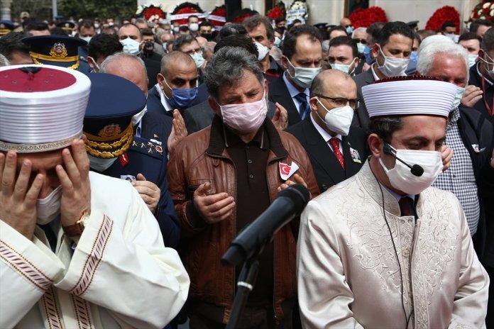 Şehit pilot Burak Gençcelep'in cenazesi Trabzon a getirildi #7