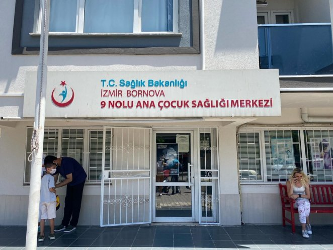 The doctor in Izmir vaccinates those he turns away from waste #2