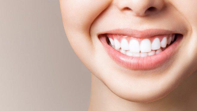 Simple tips against bad breath #1