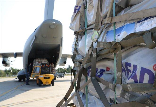 Turkey sends aid to Haiti after earthquake #8