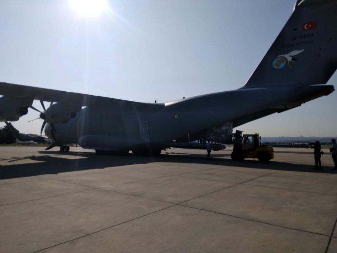 Turkey sends aid to Haiti after earthquake #13