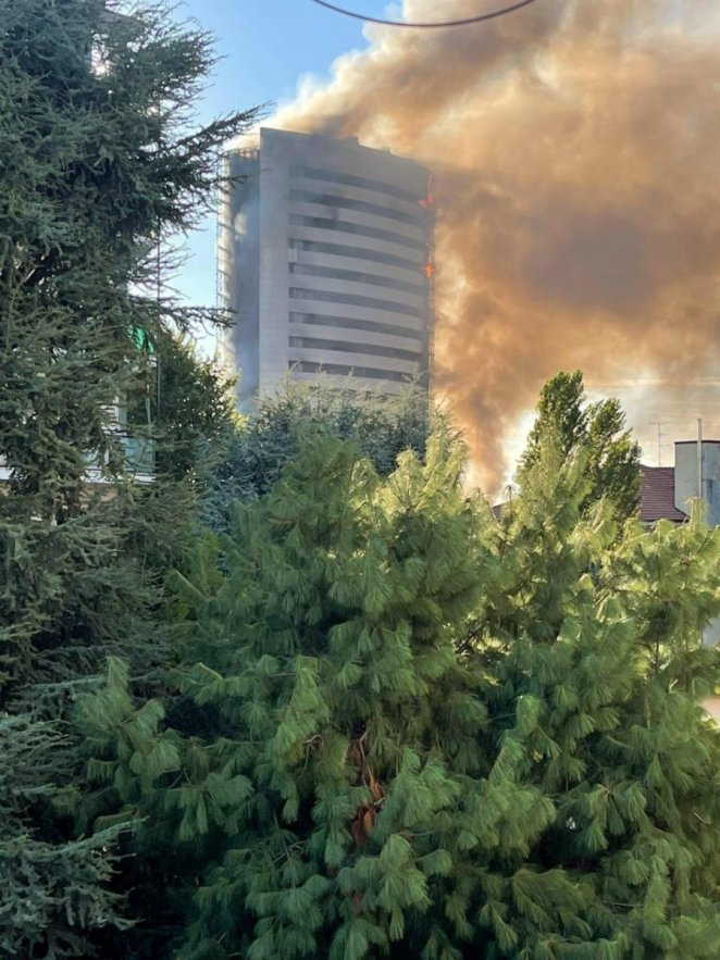 Fire #1 in 15-storey building in Italy