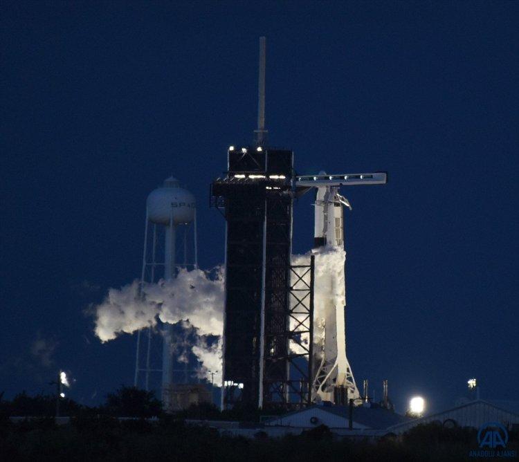 SpacX roketi, başarılı bir şekilde fırlatıldı #1