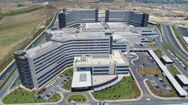Türkiye'nin sağlık yükü şehir hastanelerinde  #1