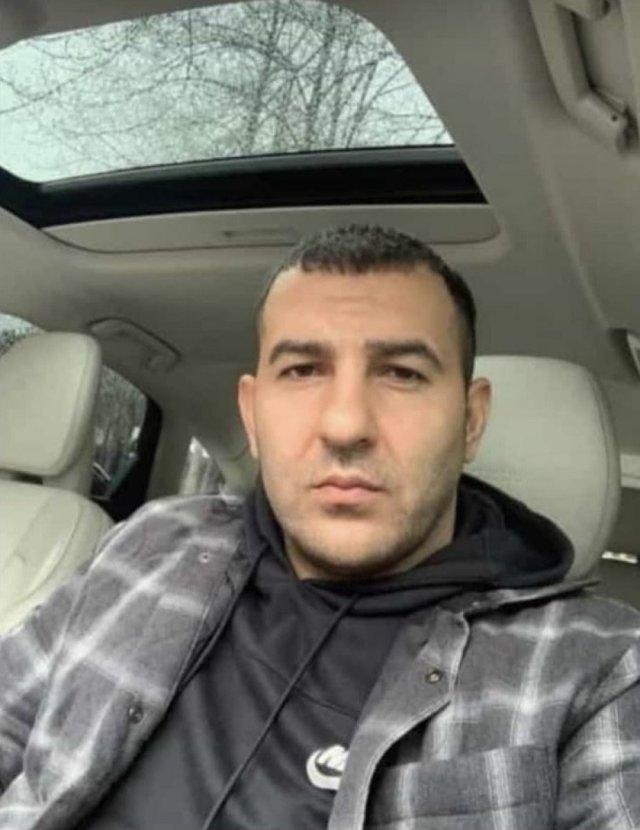 Eski futbolcu Sezer Öztürk, dünya basınında konuşuluyor #6