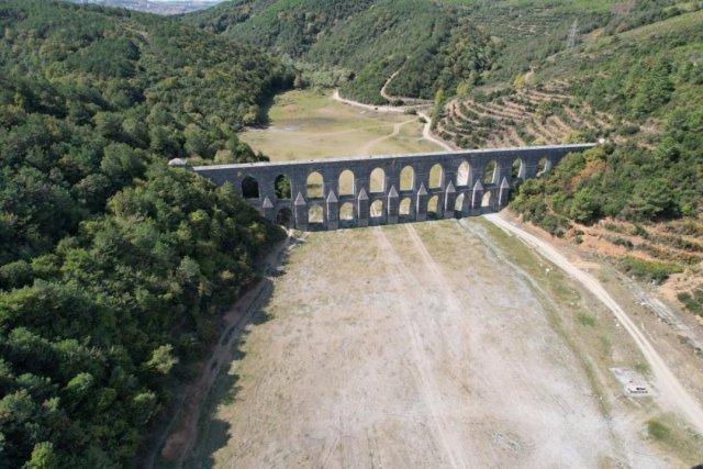 İstanbul da barajlar adeta çöle döndü #6