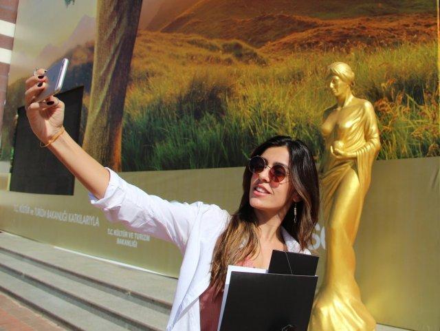 Antalya daki Altın Portakal Film Festivali için 58 heykel dikildi #6