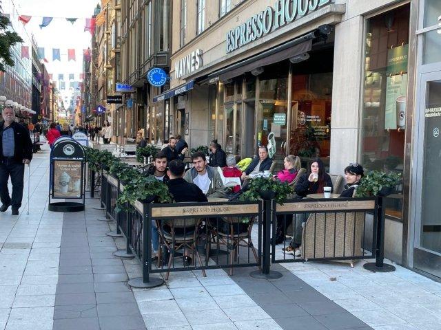 İsveç'te koronavirüs kısıtlamaları tamamen kalktı  #4