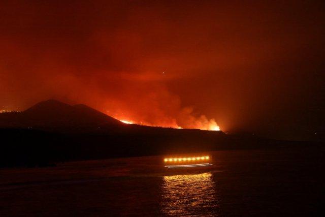 La Palma da lavlar Atlas Okyanusu na ulaştı #1