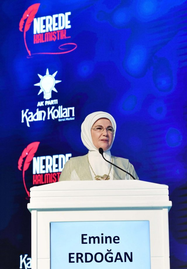 Emine Erdoğan: Eğitimleri yarıda kalan kadınlarımız okula devam edecek #6