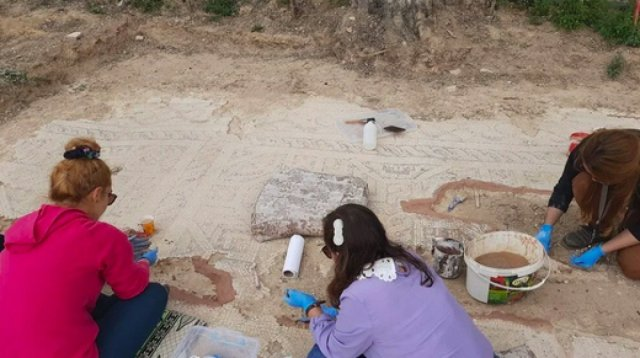Bursa da kazı çalışmalarında mumyalanmış 3 iskelet bulundu  #7