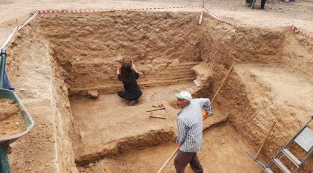 Bursa da kazı çalışmalarında mumyalanmış 3 iskelet bulundu  #6
