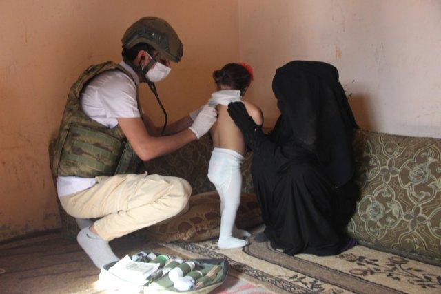 Barış Pınarı Harekatı sırasında doğan Pınar'a, askerlerin doğum günü sürprizi  #3