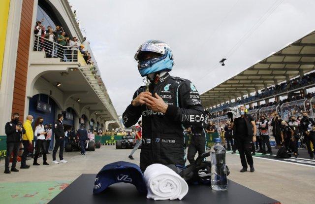 Formula 1 de pole pozisyonu Bottas ın #8