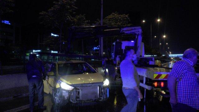 İstanbul da zincirleme kaza: 4 yaralı #4