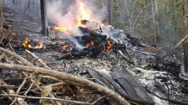 Kosta Rika'da uçak düştü: 12 ölü