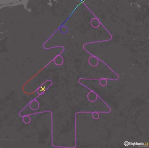 Rotasıyla Noel ağacı çizdi