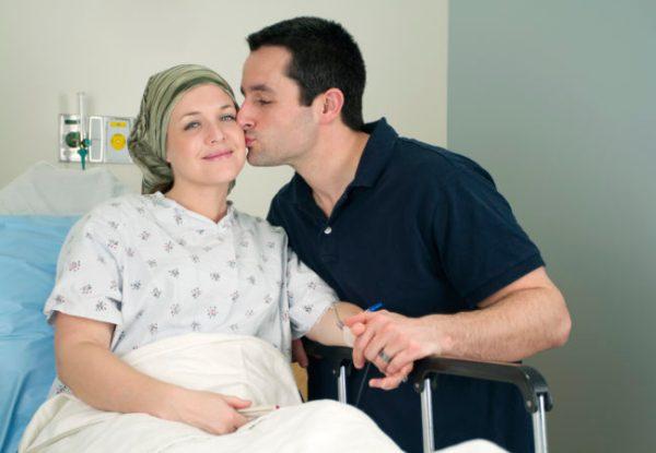 Kemoterapi hem tedavi hem de kanser ediyor