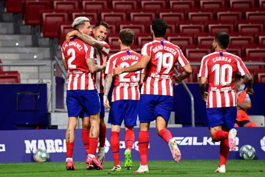 Atletico Madrid secure vital late win against Real ...