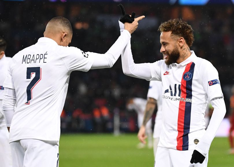 Video: Neymar Threads a Pass to Mbappé For PSG's 4th Goal Against  Galatasaray - PSG Talk