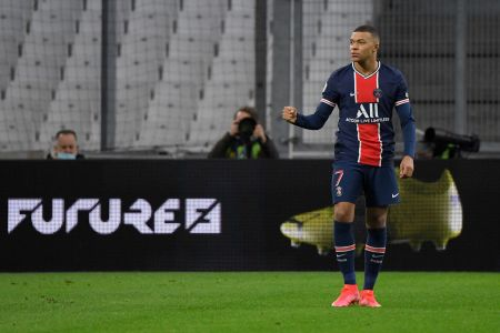 Mbappé Sprints Faster Than 20 MPH Against Marseille And Scores - PSG Talk