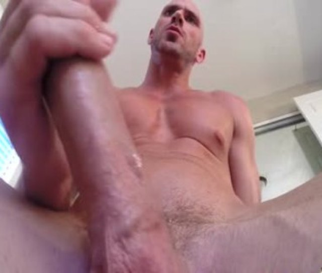 Porn Man Johnny Sins Jerks Off While Working Out