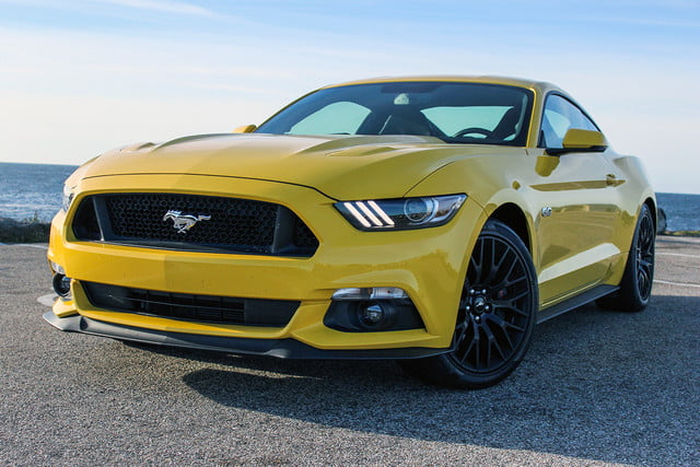 2017 Ford Mustang GT Review   Digital Trends 2016 ford mustang gt top angle v4