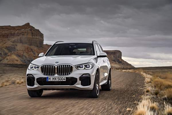 The 2019 BMW X5 is Here to Replace That Aging Family SUV ...