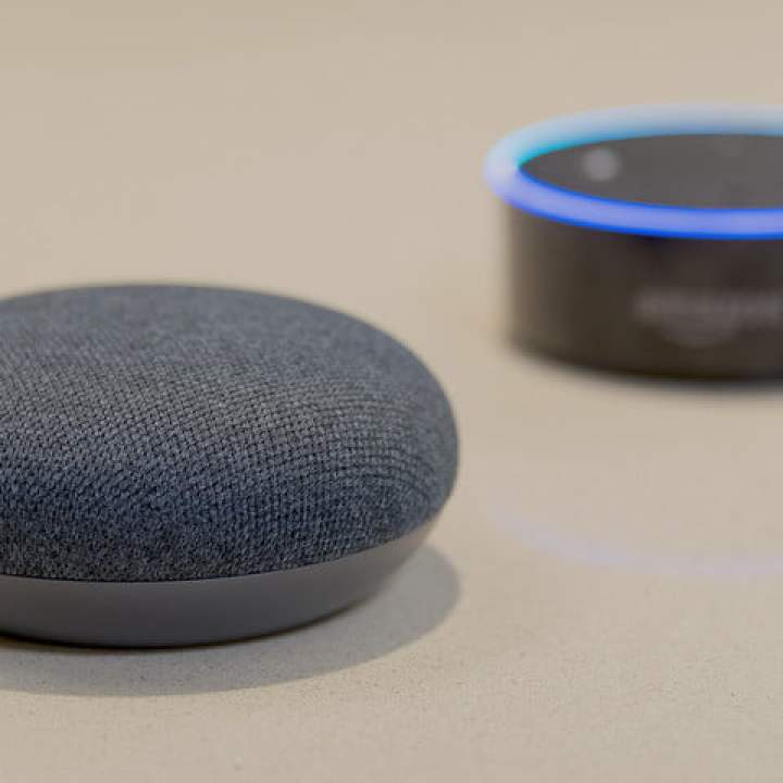 google home mini vs amazon echo dot google close