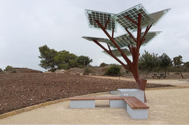 eTree solar tree Israel