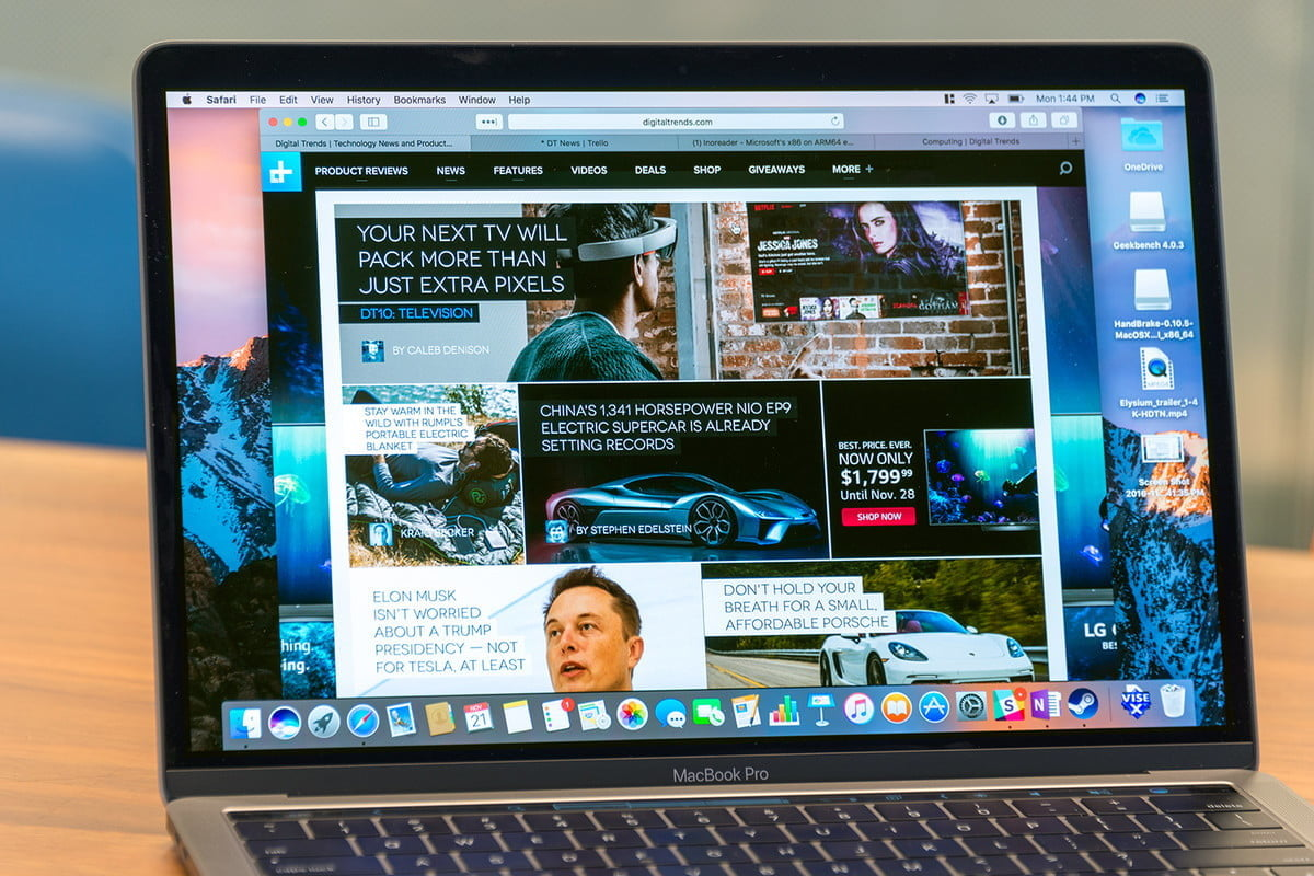 macbook pro 13 pollici non touch bar vs 15 2016 screen1 1200x9999
