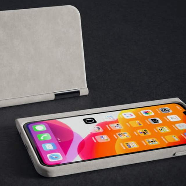 the castaway adds a chromium powered second screen to your smartphone fabric