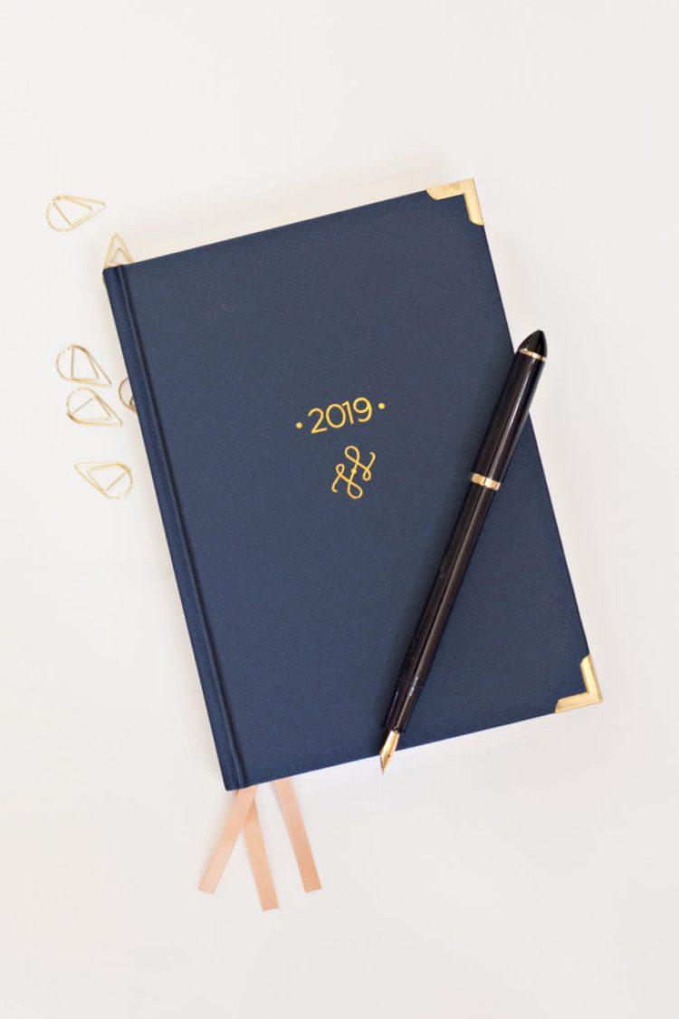 Liam & June Signature Planner for Professionals