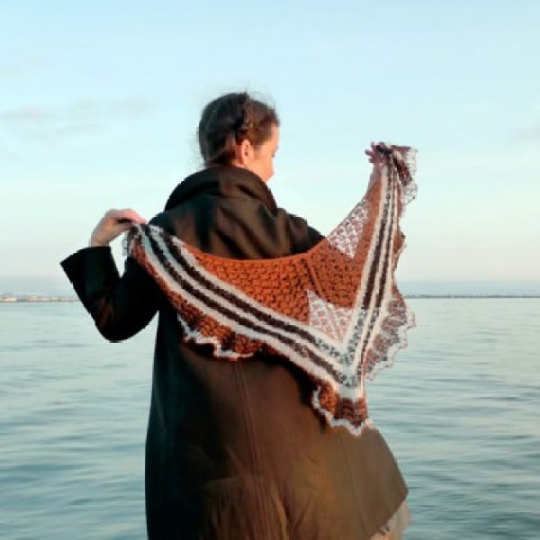 Icelandic Spring Shawl: Love Story yarn in Rust Viking, Askja Blue and Raven Black