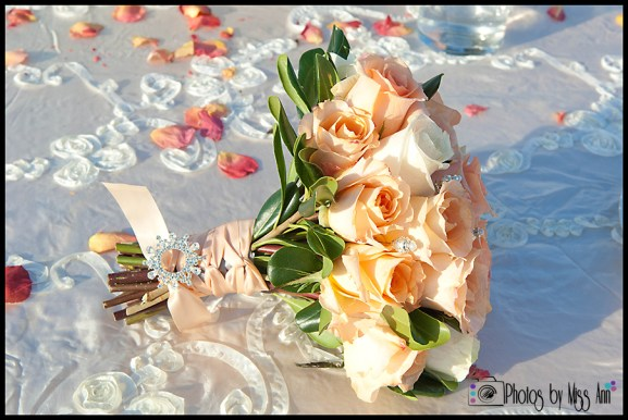 iceland-wedding-images-iceland-wedding-bouquet-photos-by-miss-ann
