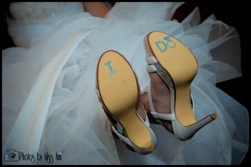 i-do-bridal-shoe-stickers-iceland-winter-wedding-iceland-wedding-planner