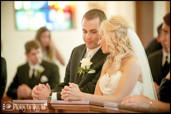 iceland-wedding-couple-share-a-moment-during-their-ceremony-iceland-wedding-photographer-photos-by-miss-ann
