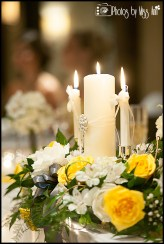 unity-candle-as-head-table-decor-iceland-wedding-planner