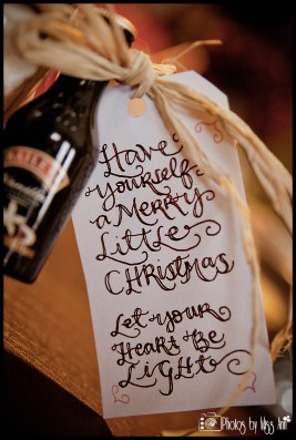 christmas-party-favor-tags-by-iceland-wedding-planner