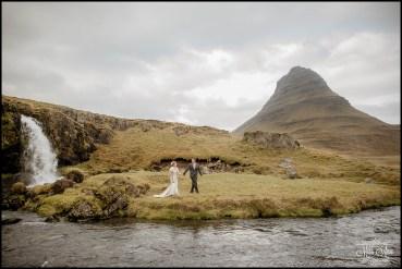 iceland-wedding-photographer-kirkjufellsfoss
