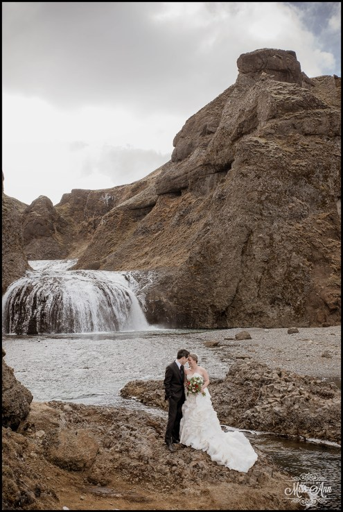 iceland-waterfall-weddings-photos-by-miss-ann2