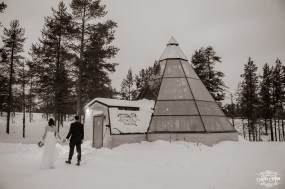 finland-destination-wedding-igloo-hotel-photos-by-miss-ann-19