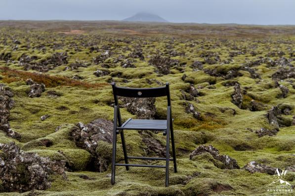 iceland-wedding-rental-black-wooden-chairs