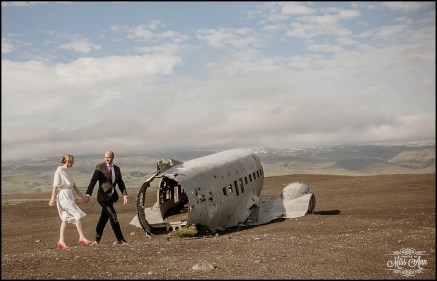 Iceland Wedding Photos Crashed Airplane-4