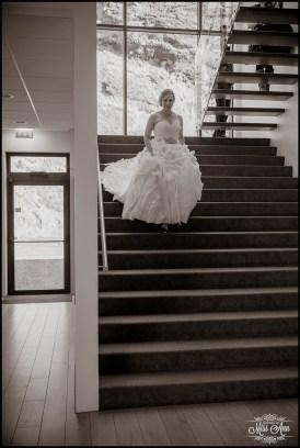 Bride at Icelandair VIK