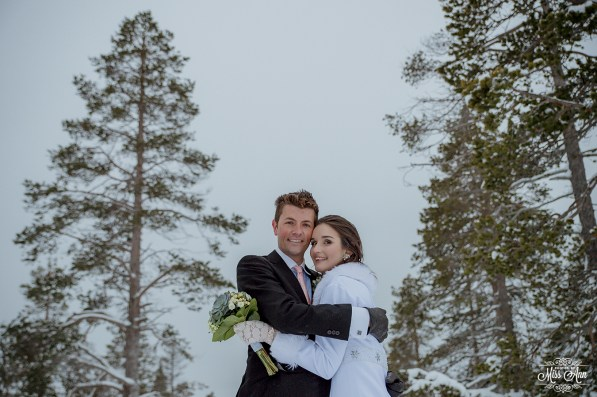 Finland Destination Wedding Igloo Hotel Photos by Miss Ann-45
