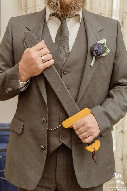 iceland-wedding-groom-suit-wedding-attire